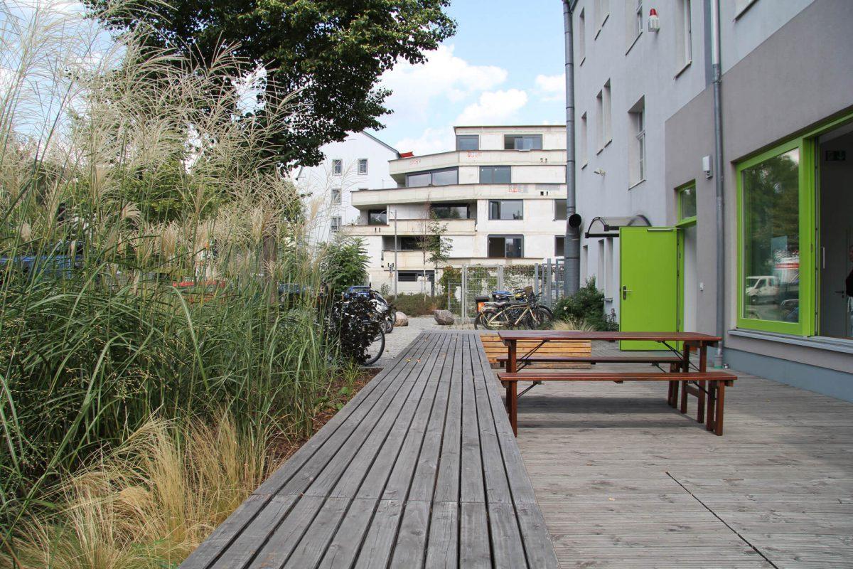 Blaurock landschaftsarchitektur dresden Grünes-Wunder-Atelier-und-Geschäftshaus-Dresden